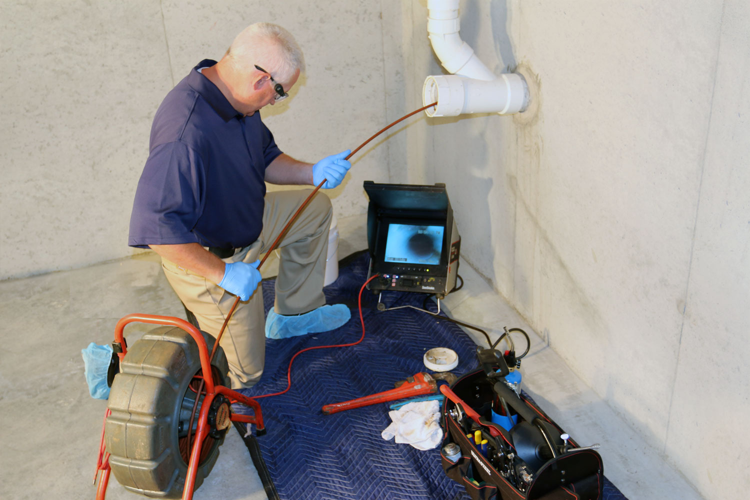 Camera line inspection / sewer inspection
