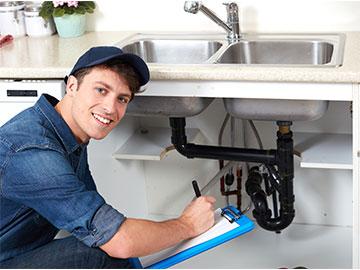 friendly plumber servicing New York